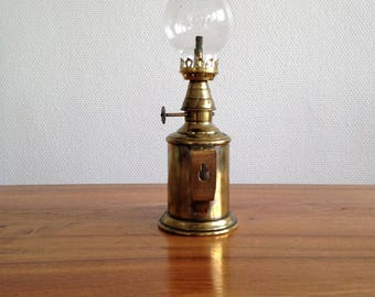 Antique brass and glass 1900/1910 - France - offer guaranteed 10.000Fs - Pigeon lamp