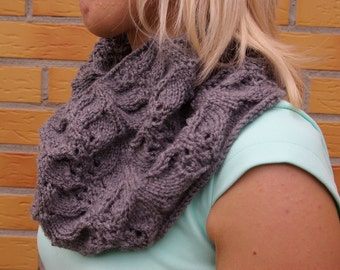 Cowl/neck warmer/snood/scarf