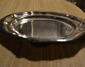 Set of dishes in silver