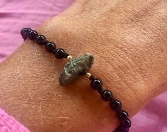 Pretty onyx and pyrite bracelet