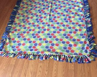 paw print fleece blanket 5 feet!!!!