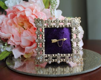Royal Pin Frame