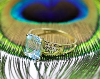 9K 9Ct 375 Solid Yellow Gold Ring Blue Topaz Gemstone & Two Diamond Chips Size P - 7 1/2