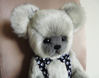 Artist Bear 'Bobbi', handcrafted, original design, OOAK Bear.