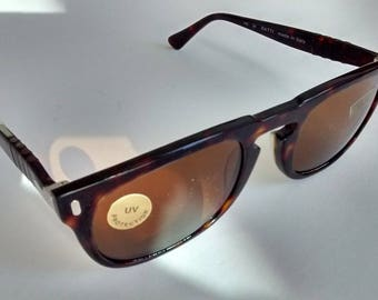 Vintage Persol Ratti 849 sunglasses with 4 flexers and Glass lenses