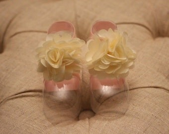 baby shoes, baby girl, girl shoes, pink shoes, white flower, The Annabelle Petals