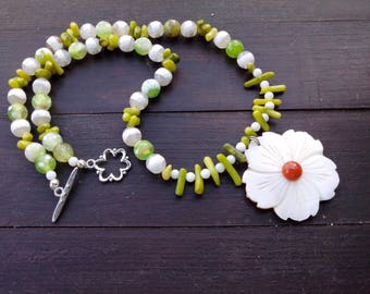 Green agate, aventurine, coral, mother of Pearl necklace, stone, Pearl necklace, green, rustic, boho chic necklace, summer necklace, women gift