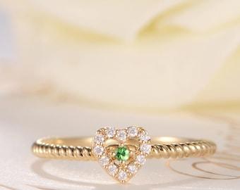 Engagement Ring Cluster Tsavorite Unique Flower Gold Beaded Antique Heart Shaped Friendship Diamond Halo Eternity Multistone Anniversary