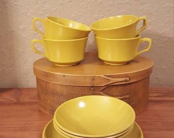 Vintage Allied Chemical melamine cups, plates and bowls.  Set of 13 yellow/gold small melamine snack dessert dishes