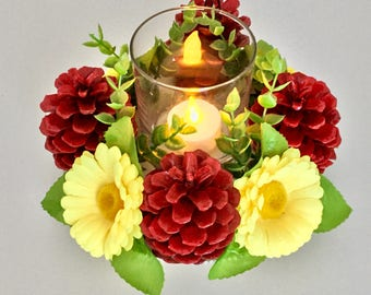 Centerpiece Tea light or Candle holder with Daisy Flower and Red Pine Cone
