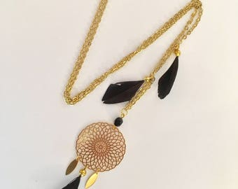 Dreamcatcher necklace - Gold Medallion and black feathers