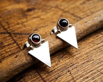 Silver & Garnet Stud Earrings - Inverted Triangle Earrings - Triangle Garnet Studs - Gold Silver Arrowhead Earrings - Indie - Geometric