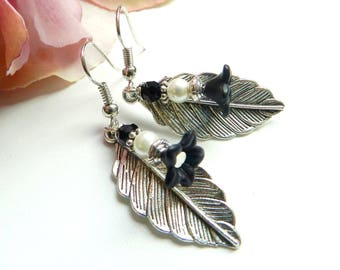 Silver and black color with flower and leaf earrings