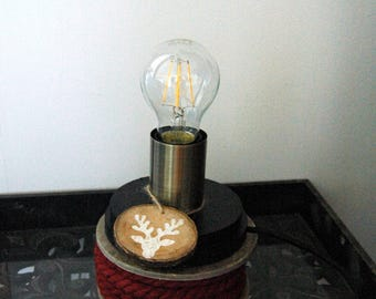 Cottage lamp