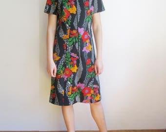 vintage 60s 70s Plaza Square mod scooter floral print dress S M