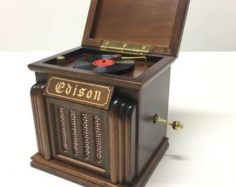 Music Box - Vinyl Record Player (G31E)