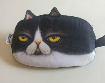 Angry cat pencil case