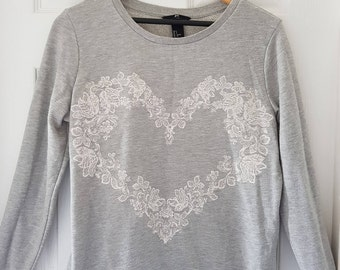 Heart floral sweater jumper, size 10-12,