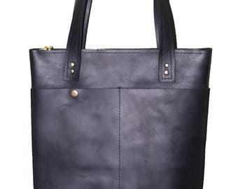 Leather tote bag with zipper and leather wallet double. Can ship within 3 days leather tote.