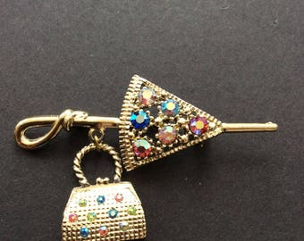 Pretty Parasol and Handbag Brooch [SKU379]