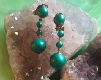 Earrings, Earclips, vintage, fashion jewelry