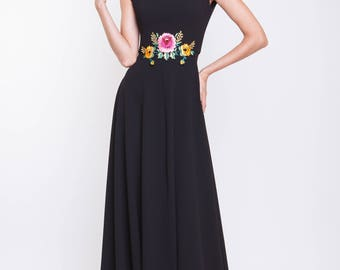 Crepe maxi evening gown with handmade embroidery