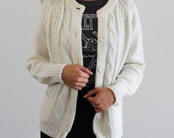 Off White Knit Button Cardigan/ Grandma's Sweater/ Chunky Warm Knitted Long Sleeve/ Small/ Medium