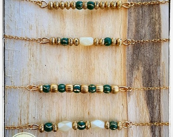 Gold plated minimalist necklaces beads green and Golden beads golden metal boho bohostyle Goa India ethnic gift