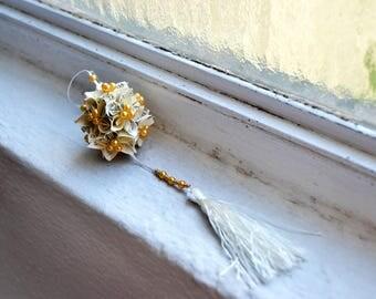 Kusudama origami perl