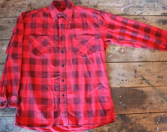 Vintage Flannel  | Strawberry Red | Faded | Saugantuck | Thin | Size Small | 100% Cotton