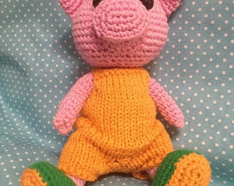 Piglet, crocheted toy