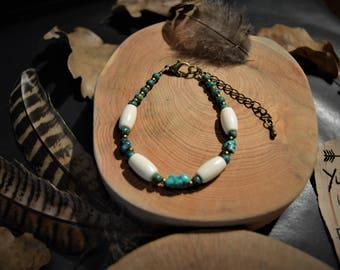 Native American bracelet in Turquoise and buffalo bone