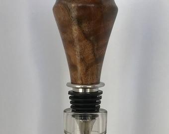 Claro Walnut Bottle Stopper