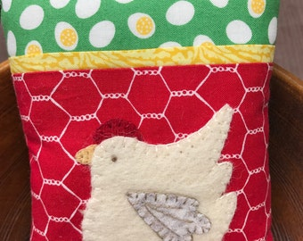 kit; chicken and egg pincushion, wool and cotton, too cute!