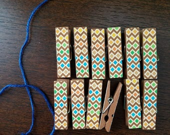 Coordinating Diamond Stripes for Animal Print, Chunky Little Clothespin Clips w Twine Display, Set of 12, Boy Baby Birthday Shower Vacation