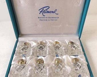 Vintage Raimond Crystal Salt Shaker Set In Box, 8 Individual Press Cut Glass Salt Shakers, Mid Century Elegant Dining Kitchen Table Serving