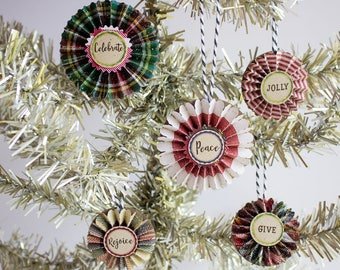 Christmas plaid Paper Rosette Ornaments - Christmas Decor - Paper Ornaments -Holiday Decorations - feather tree Ornaments - Christmas tree
