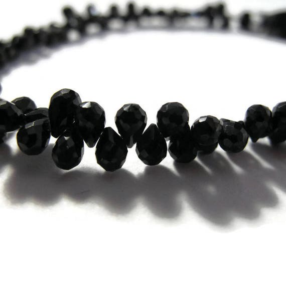 Black Onyx Teardrops - Natural Black Onyx - Faceted Briolettes - 5x3mm - 7x4mm, 8 Inch Strand (B-On2a)