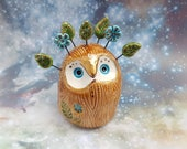 Woodland Fairy Owl Ceramic Sculpture with Gold Leaves and Flowers