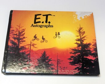 Vintage 1982 E.T. The Extra Terrestrial Universal Studios Blank Autograph Book, Vintage 80s Autograph Book to Use at Theme Parks