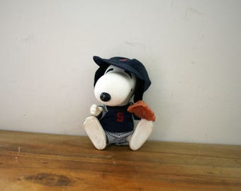 vintage 1970s Snoopy Baseball Player Sports Figure Toy Collector Doll