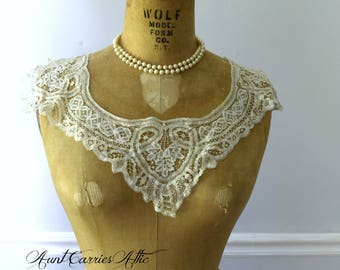 Delicate Lace Collar, Four Corners, White, V Neck or Square, Antique Lace, Victorian Style