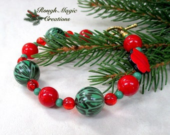 Red Green Christmas Bracelet, Holiday Jewelry, Merry & Bright Flower Leopard Spot Animal Print Beads, Gold Toggle Clasp, Gift for Women B265