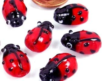 10 Small Lampwork Glass Ladybug Beads 16x10mm (e8006)