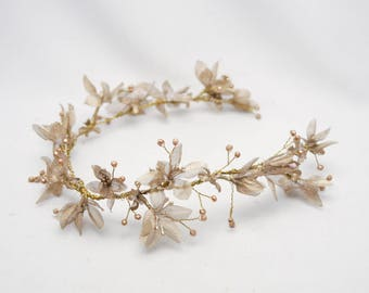 Gold Floral Wedding Hair Vine of Flowers and Beads, Rustic Woodland Wedding Hair Halo Flower Crown Boho Wedding Bridal Hair Wreath