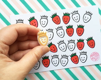 smiley strawberry rubber stamp. fruit stamp. berry hand carved stamp. teacher's stamp. diy gift tags. birthday scrapbooking. spring crafts