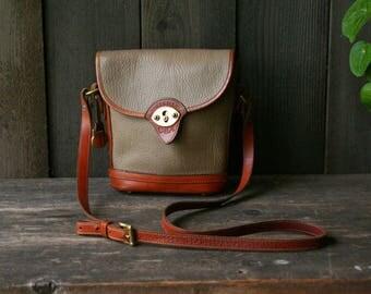 Vintage Leather Dooney and Bourke Crossbody Bag/ Shoulder Bag / Purse / Handbag 1980s