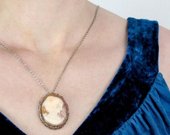 Antique Shell Cameo Pendant | Antique Victorian Cameo Necklace | Antique Carved Shell Cameo Pendant Necklace