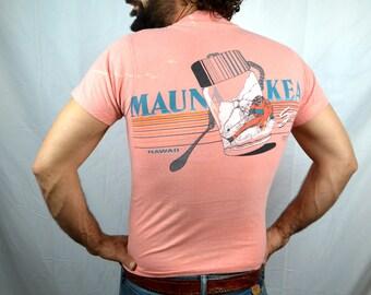 Vintage 1980s 80s Ski Pink Mauna Kea Snow Skiing Tee Shirt