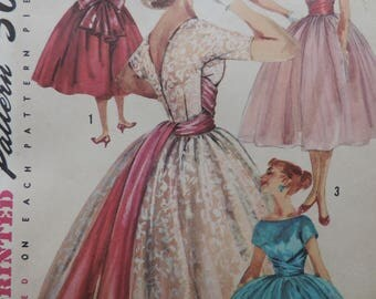 Vintage Simplicity 1795 Sewing Pattern 1950s Fit and Flare Party Dress Junior Size 11